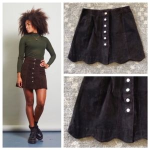 Vintage 1990s Brown Suede Scallop Mini Skirt M